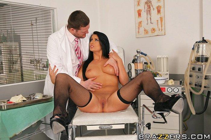 секс фото медсестры гинеколога
